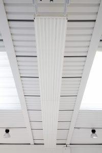 Teplovodní a klimatizační sálavý panel EUTERM - hala
